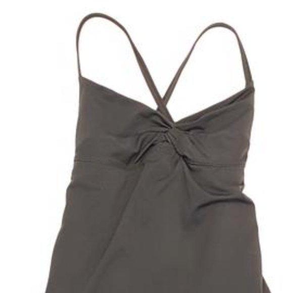 Size 6 - lululemon Diverse Bodysuit